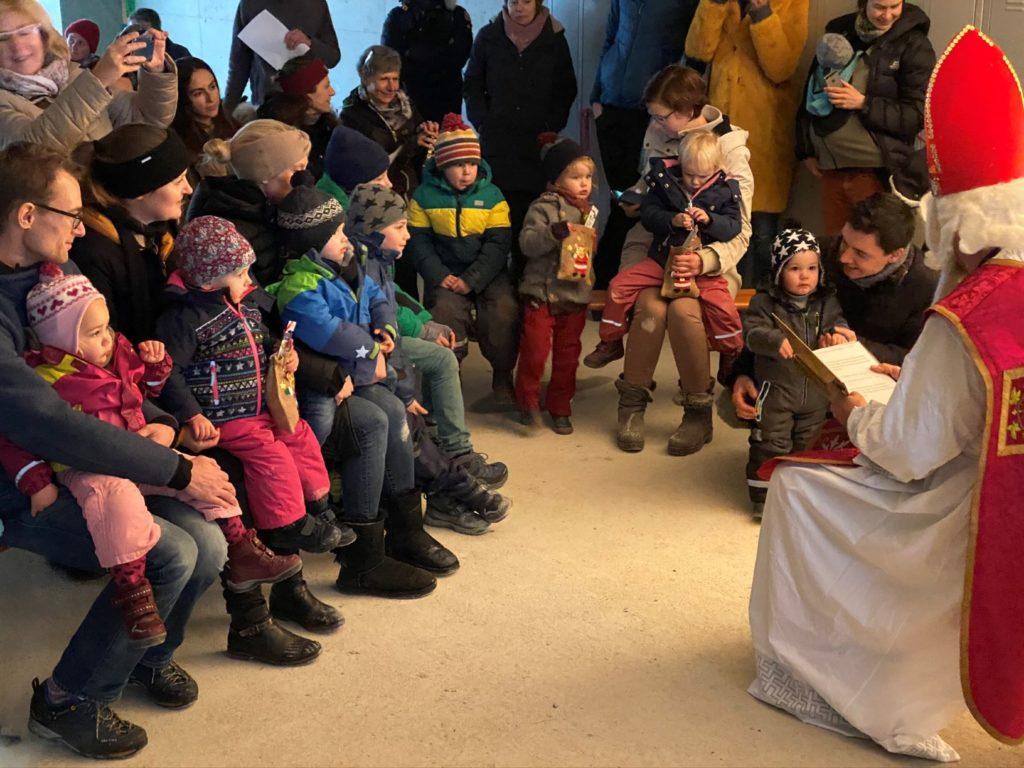 6. Dezember 2019: Richtfest mit Nikolausfeier für alle StadtNatur-Kids und die Erwachsenen